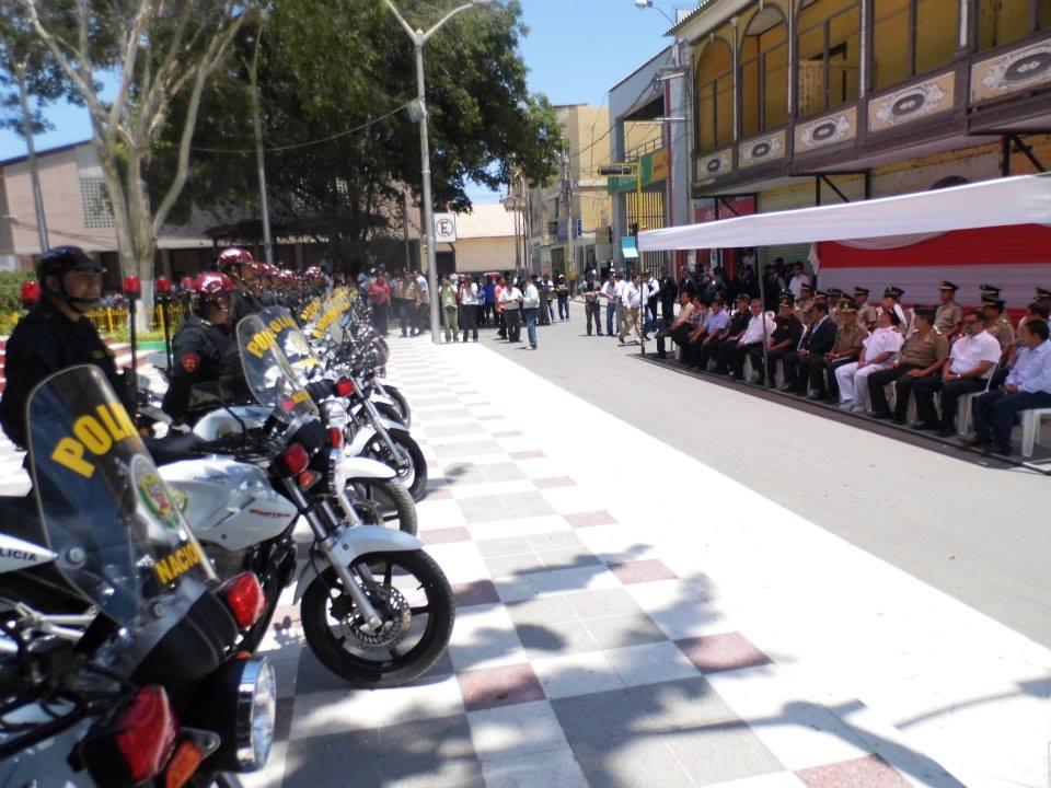 Ministerio del interior entreg motocicletas a policia for Ministerio de interior policia nacional